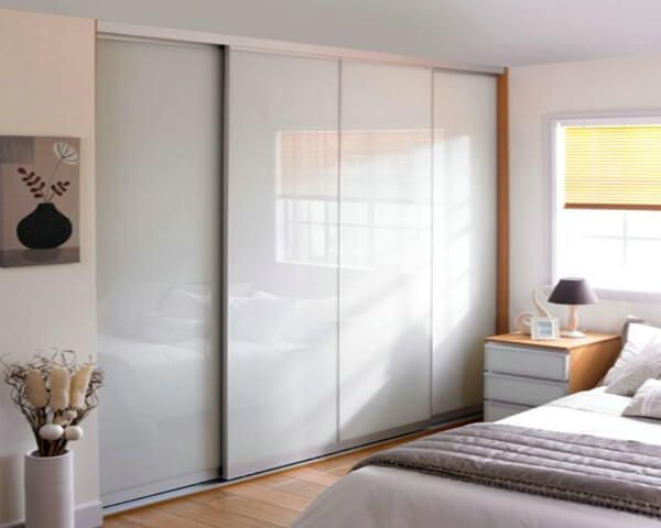Modern contemporary sliding doors wardrobe interior for 4 door wardrobe interior designs