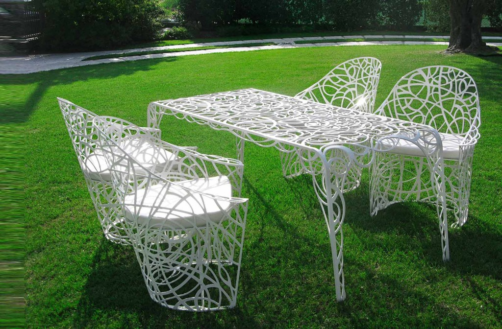 garden furniture sets 3 1024x672 The exterior design of your home is the face of you