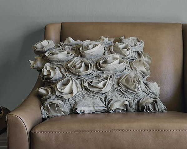 img6l Roses Pillow cover