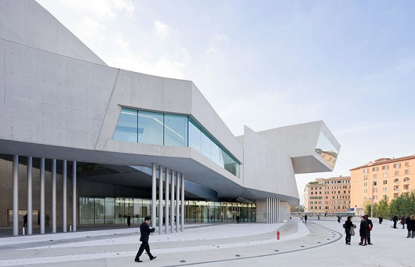 MAXXI Rome ZHA 0184 600x386 The MAXXI by Zaha Hadid Architects
