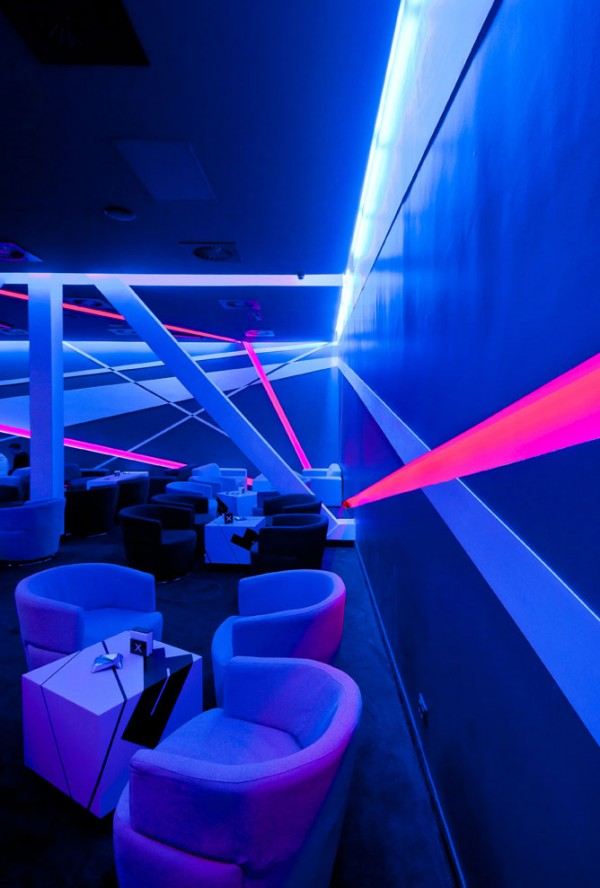 club design 2 600x888 Blackbox Club Timisoara Mall designed by Parasite Studio