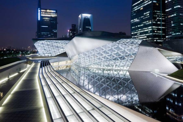 guangzhou opera house 19 600x400 Guangzhou Opera House by Zaha Hadid Architect