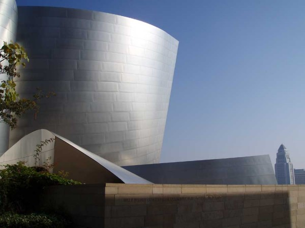los angeles amacrae0108 21 600x450 The Walt Disney Concert Hall  amazing architecture in Los Angeles