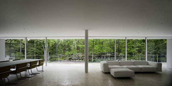 transparence design exterior 8 600x300 Remarkable design  The Olnick Spanu House by Alberto Campo Baeza