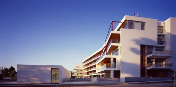 luxury appartament 1 600x297 360° Apartment Building by Greek studio Divercity Architects