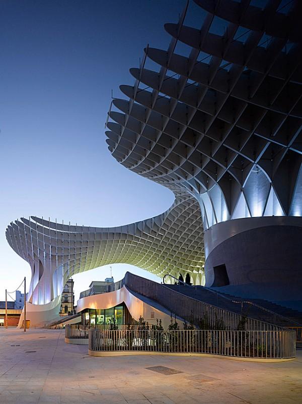 Completes Metropol Parasol in Seville 600x801 J. MAYER H. Completes Metropol Parasol in Seville