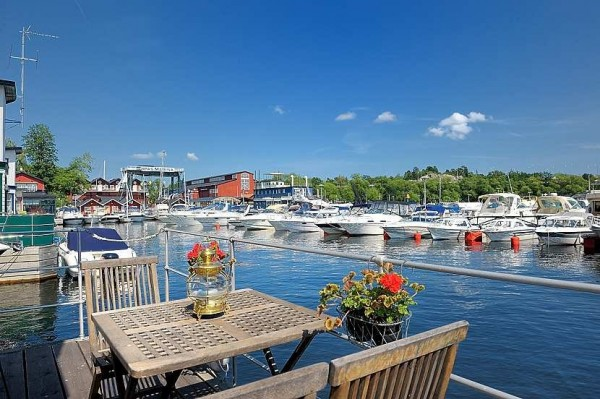 House on the water 600x399 House on the water by Eklund Stockholm New York