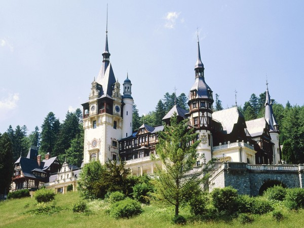 Peles.jpg 3 600x450 Peles Castle a beautiful architecture design