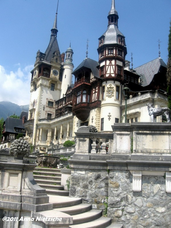 Peles.jpg 4 600x800 Peles Castle a beautiful architecture design