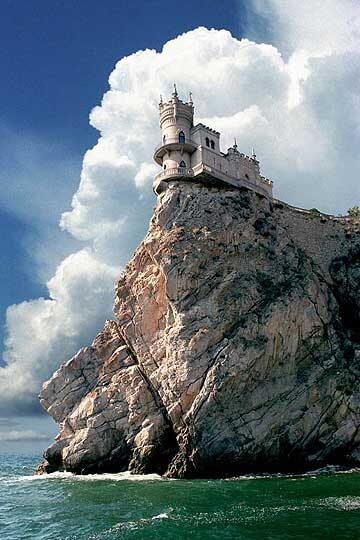 castle nest 11 Swallows Nest Castle Design Crimea