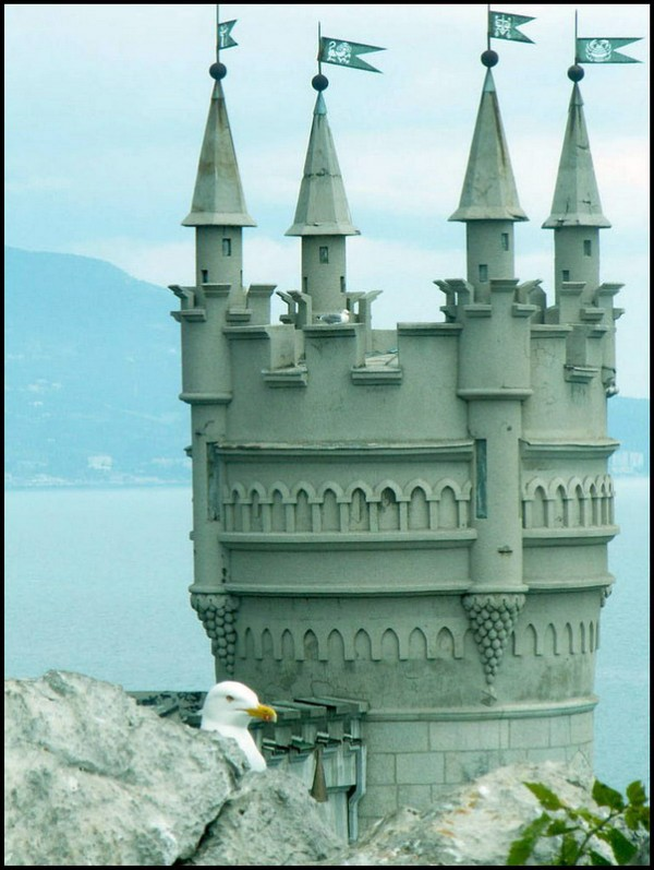 castle nest 6 600x797 Swallows Nest Castle Design Crimea