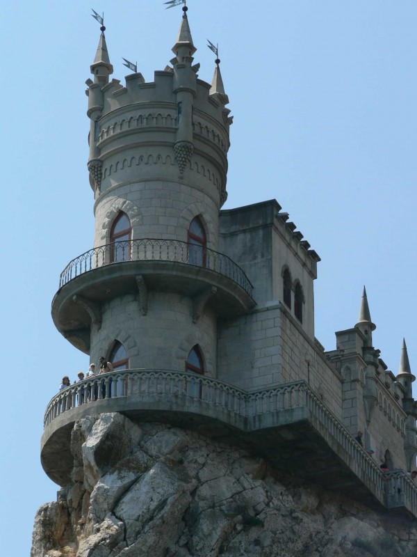 castle nest 600x800 Swallows Nest Castle Design Crimea