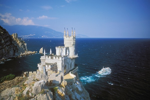 castle nest 8 600x398 Swallows Nest Castle Design Crimea
