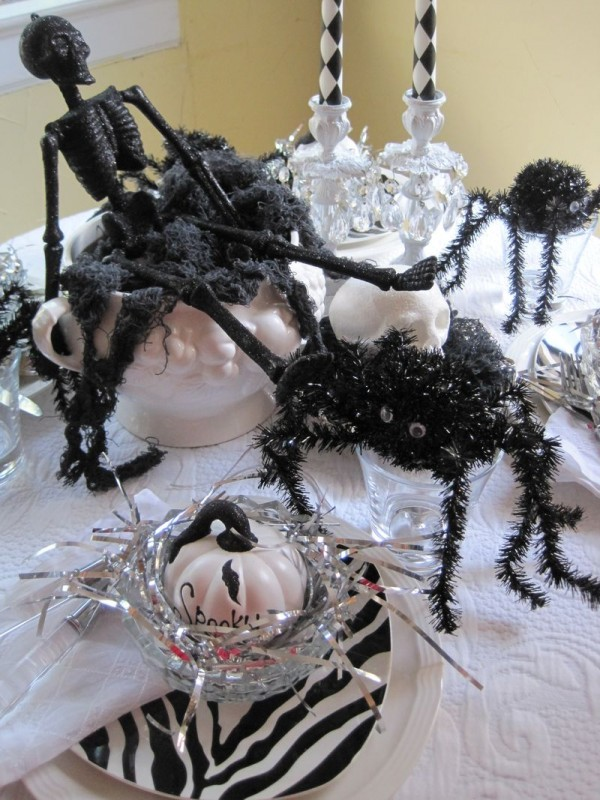 6a00e553093c5d88340133f563695f970b 800wi 600x800 12 Ideas to Decorate your Table for Halloween