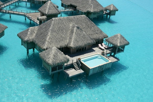 Bora Bora St. Regis Resort Overwater Villa 2 600x400 Best 10 Luxury Honeymoon Resorts