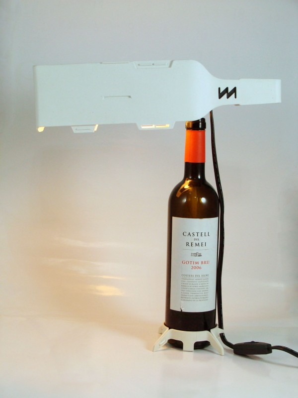 DSC004571 600x800 Re Wine: Wine Bottle Lamp/Furniture