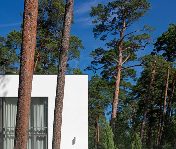 LEISKA 3333 17 600x509 Welcoming Modern Villa with Baltic Sea Views