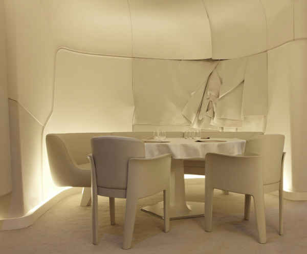 Screen shot 2011 07 14 at 4.33.26 PM1 600x496 Ultra Modern Design for Restaurant and Bar in Mandarin Oriental Paris