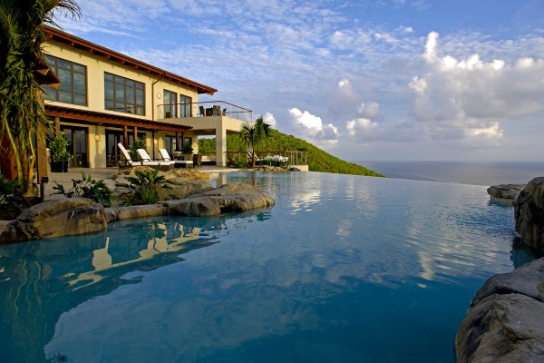 image0305 b retouched 600x400 Best 10 Luxury Honeymoon Resorts