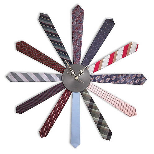 neck tie wall clock