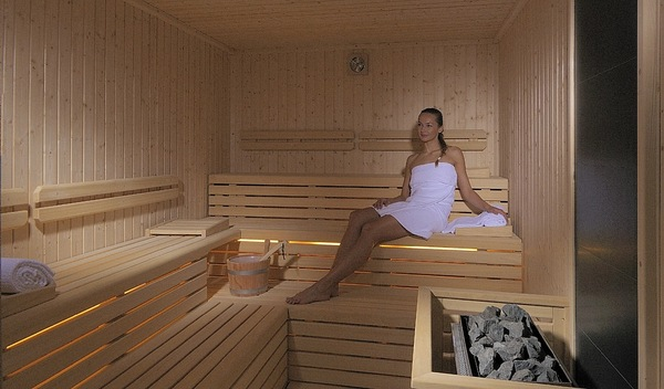 5 modern types of sauna design interior design design. Black Bedroom Furniture Sets. Home Design Ideas
