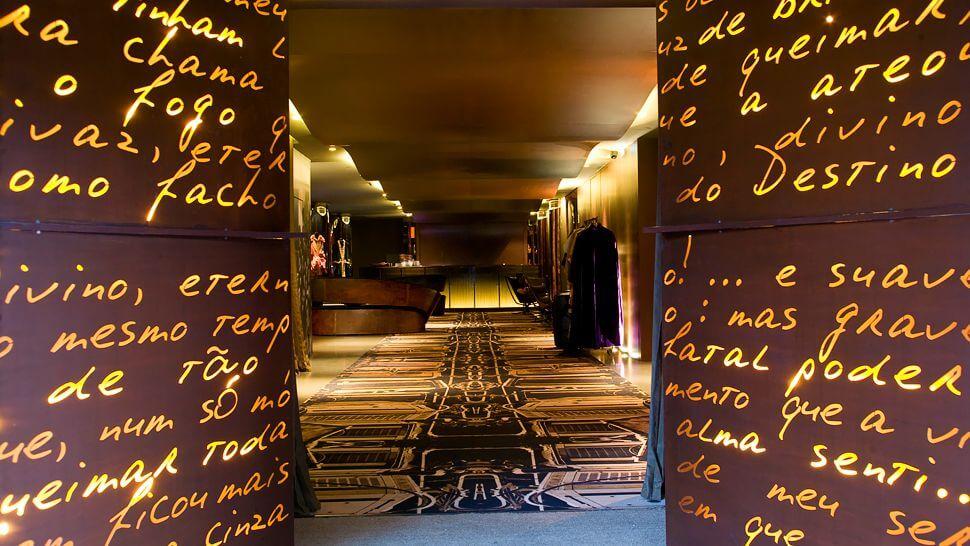009464-01-entrance-lobby