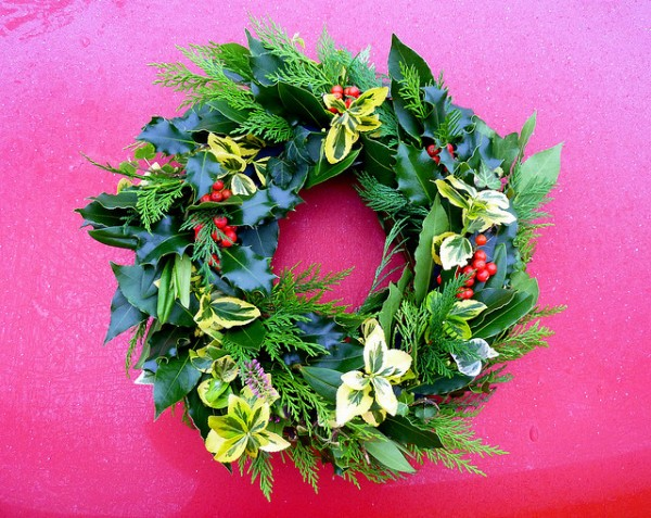 4202333045 1b745a8537 z 600x477 2011 Inspirational Enchanting Christmas Wreaths