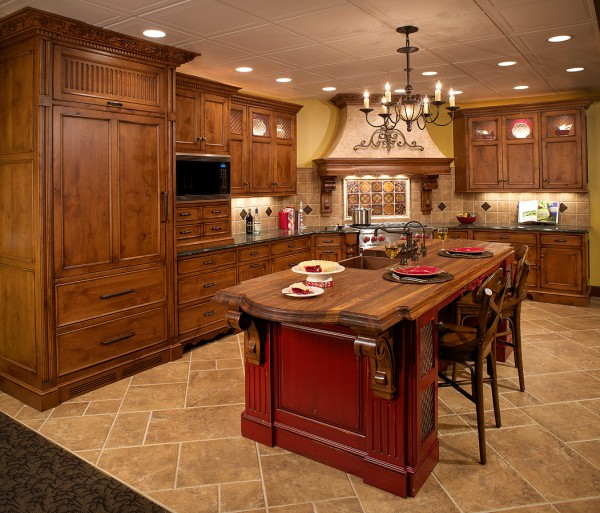 AlderPanorama2 600x513 How to Achieve the Elegant Tuscan Style for Your Kitchen
