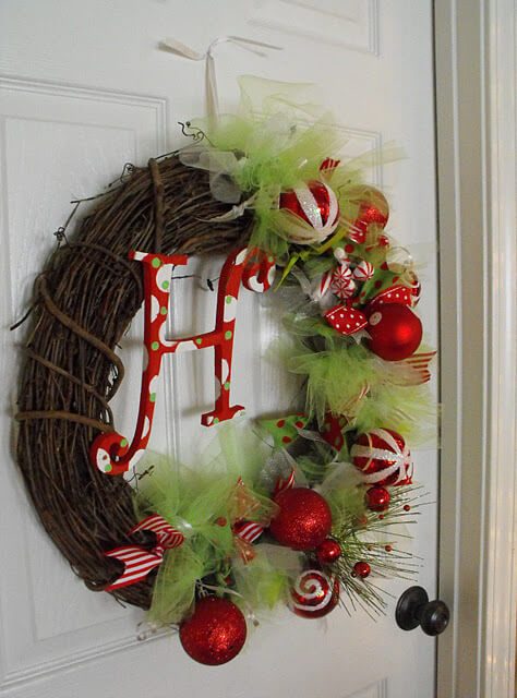 DIY Christmas wreath 016 2011 Inspirational Enchanting Christmas Wreaths