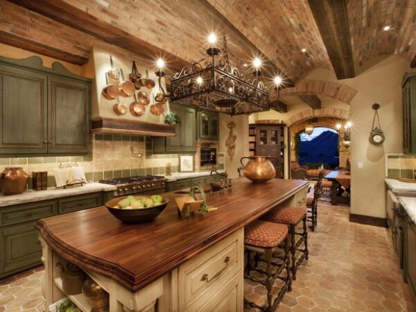 Italian style kitchen 600x450 How to Achieve the Elegant Tuscan Style for Your Kitchen