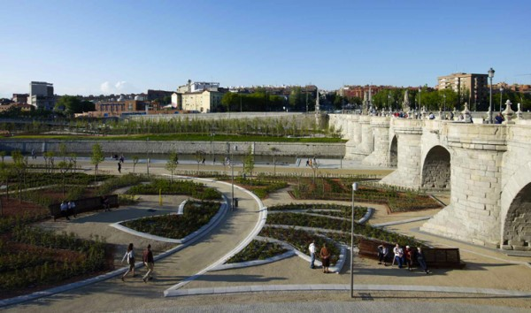 JM pict 13 600x354 Creative and Original Urban Landscape Design in Madrid