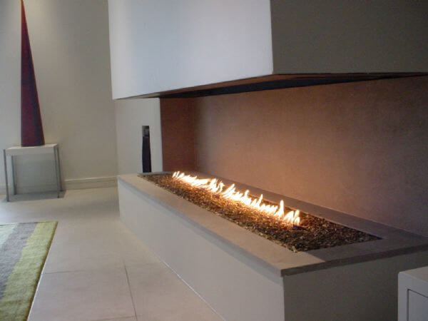 Modern and traditional fireplaces by Warmington Fires 4 Attractive Modern Fireplaces Designs