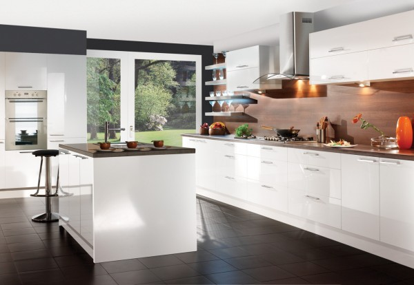 New 0020 White 0020 Gloss2 0020 ret 0020 sm 600x414 How to Create a Minimalist Kitchen