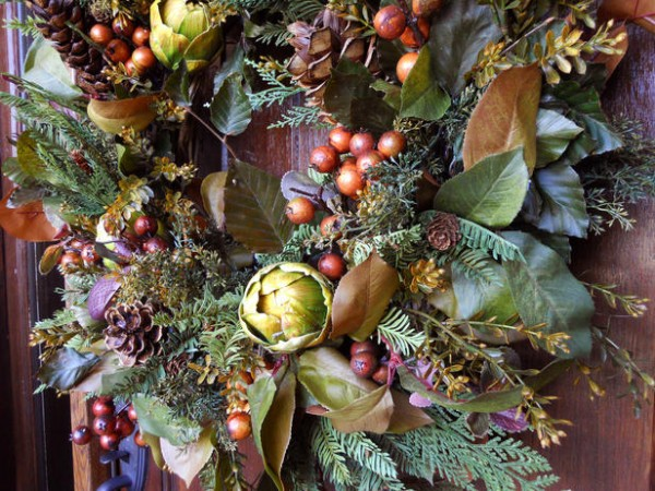 Original Nature inspired wreath 2 s4x3 lg 600x450 2011 Inspirational Enchanting Christmas Wreaths