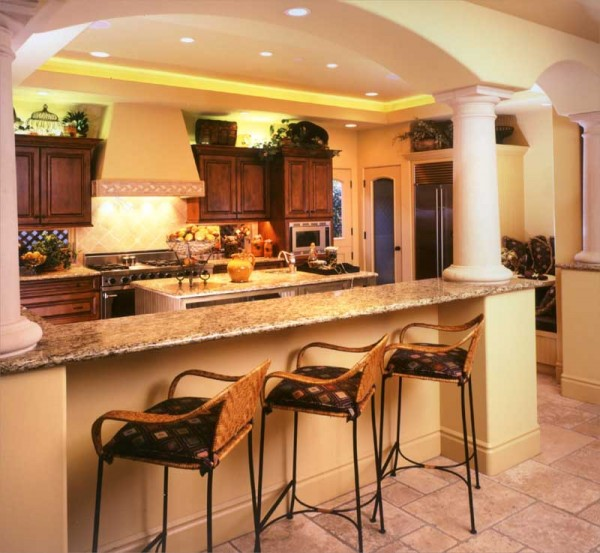 coastal casual2 lg 600x553 How to Achieve the Elegant Tuscan Style for Your Kitchen