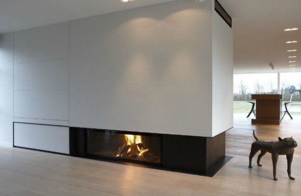 fireplace modern 600x390 Attractive Modern Fireplaces Designs
