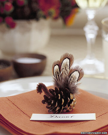gt03novmsl pineconeturkey xl 20 Creative Thanksgiving Table Settings Ideas