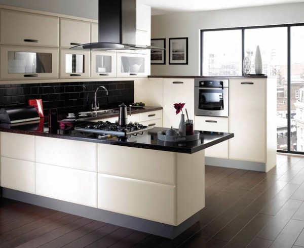 modern u shaped kitchen designs 041 600x490  How to Remodel Your Kitchen Floor Area