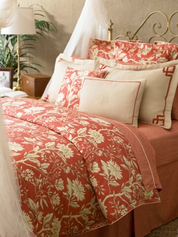 pPOLO2 7930780 lifestyle v360x480 Elegant and Stylish Winter Bedding Ideas