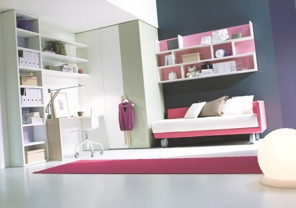 teenage bedroom 01 600x422 Modern Look for Teenagers Bedroom by Dielle