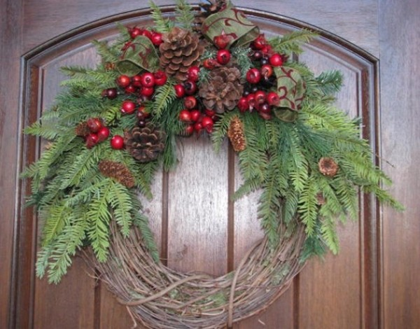wreaths 600x470 2011 Inspirational Enchanting Christmas Wreaths