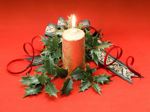 Christmas candle decoration 7 600x450 Candle Making and Decorating Ideas for Christmas