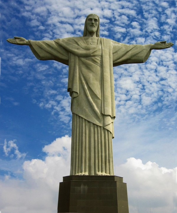 Cristo Redentor   Rio 600x723 100 Most Famous Landmarks Around the World