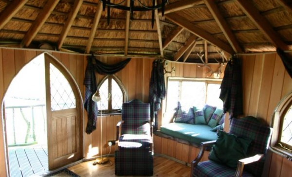 IMG 0031 gallery image 600x364 Outstanding Luxury Tree Houses Designs by Blue Forest