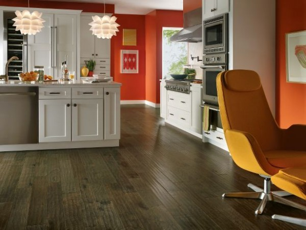 RSGCH484MTLG 2 600x452 How to Choose Flooring for Kitchens