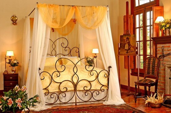 Romantic Metal Bed Frame Design Bedroom with Metal Beds