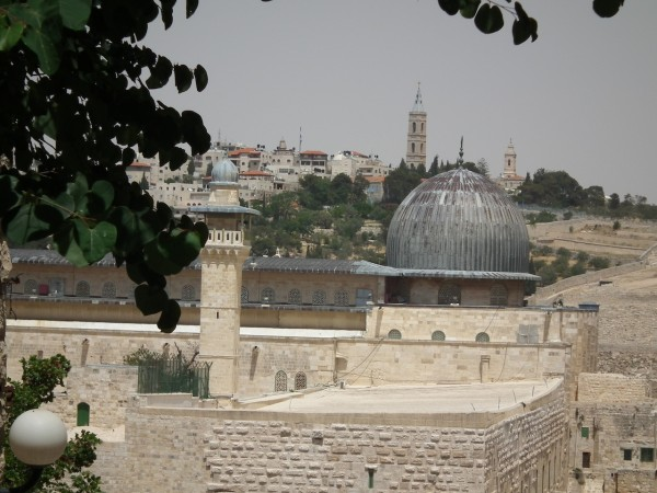 al aqsa 2 600x450 100 Most Famous Landmarks Around the World