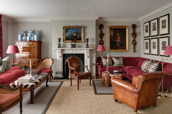 London Apartment Showcasing Traditional British Style ...