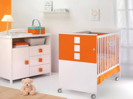 Cheerful Nursery Furniture for Your Baby's Room