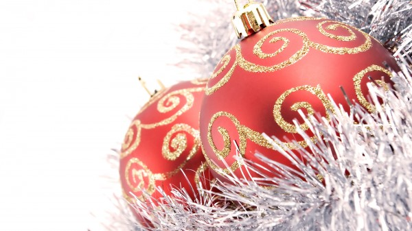 ornaments bauble.jpg 4 600x337  Bauble   the Most Popular Christmas Ornament Design